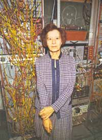 Gertrude  Schmeidler en su laboratorio de parapsicología.