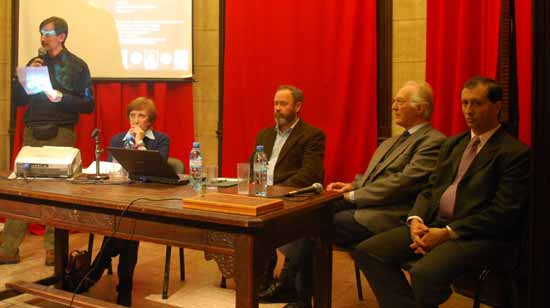De izq. a der. Juan Manuel Corbetta (presentador), Leonor Calvera, Pablo Wright, Erlendur Haraldsson y Alejandro Parra.