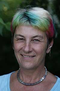 Otra cuestión central que Susan Blackmore se pregunta es ¿cuándo se produce exactamente una ECM; cuando el corazón del paciente se ha detenido y o cuando el cerebro deja de funcionar?