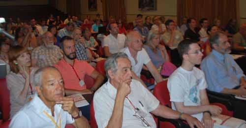 Detalle del publico participante en la convención de Viterbo, Italia.