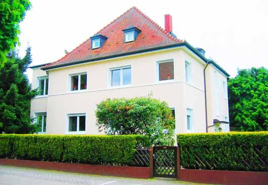 El médium Kai Muegge, en cuya presencia ocurren los eventos parafísicos, vive en una antigua casa en el barrio de Hanau, cerca de Frankfurt.