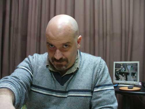 Ariel Farías, el sujeto PK descubierto durante las reuniones del grupo Luces Rojas.