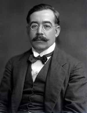 Leopoldo Lugones (1874-1938), poeta, ensayista, periodista y político argentino, fue miembro de la Sociedad Teosófica. La publicación de sus relatos fantásticos, tales como Las fuerzas extrañas (1906), coincide con su contacto con los teósofos.