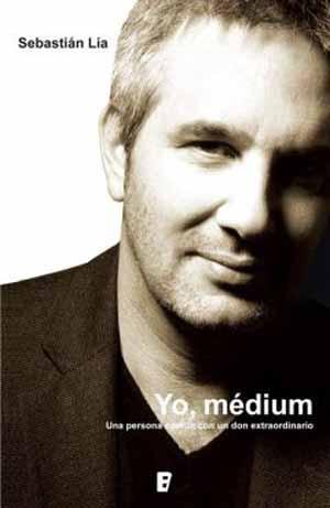 """Portada del libro """"Yo, Medium"""" (Ediciones B, Santiago, 2012)"""