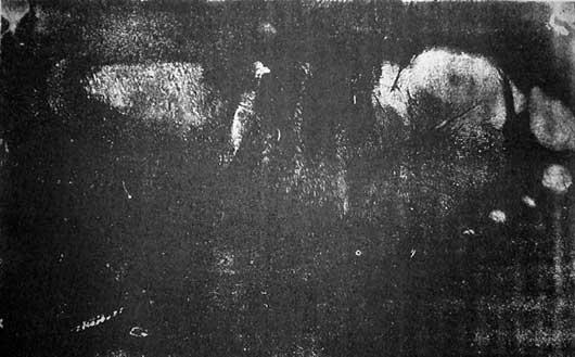 Impresión de la planta de un pie sobre papel ahumado atribuido al espíritu materializado de Leonor (Fuente revista La Actualidad. Orbi...!, 67, p. 20).