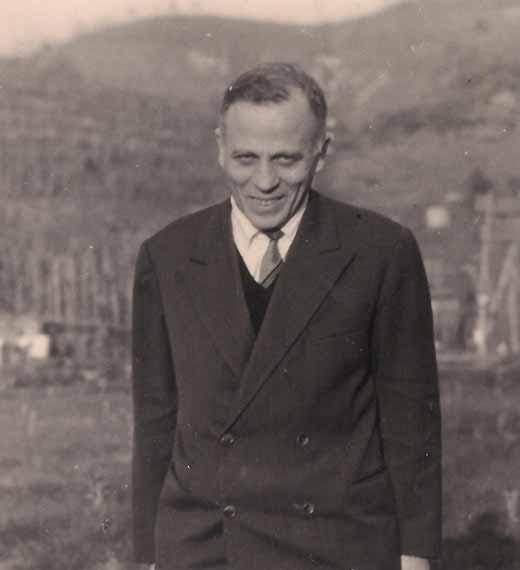 El etnólogo, folclorista e historiador de las religiones italiano Ernesto de Martino (1908-1965), una personalidad excepcional de la cultura italiana, mostró su interés en parapsicología, y un gran difusor del estudio de los fenómenos paranormales en pueblos de interés etno-antropológico geográficamente distantes entre si.