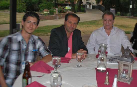 Durante la Cena de Clausura de la Convención, A. Ramsés D Leon (México), Alejandro Parra y Ricardo Correa (Argentina).