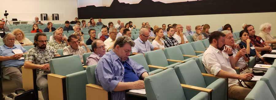 Detalle del salón de presentaciones de la Parapsychological Association.