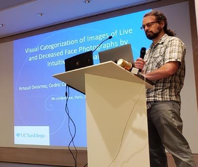 Arnaud Delorme del Institute of Noetic Sciences (IONS) de Estados Unidos.