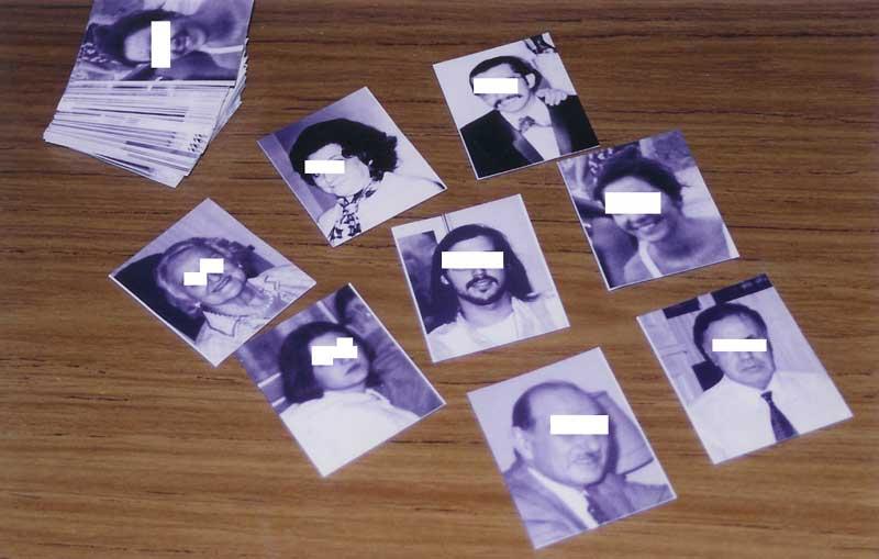 """Para los experimentos se utilizaban fotografías de personas muertas y vivas como objetivos. Dos estudios se realizaron utilizando representaciones icónicas altamente emocionales, por ejemplo, cuatro fotografías de personas todavía vivas y cuatro de personas muertas, y la condición personas """"enfermas"""" vs. personas """"sanas."""""""