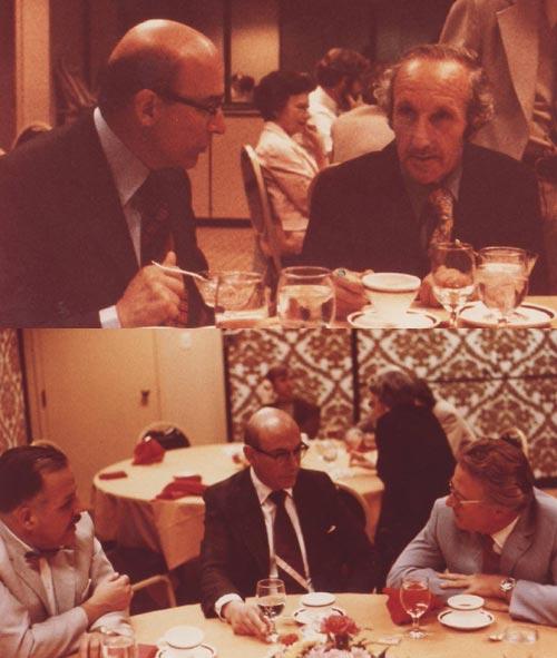 Enrique Novillo junto al parapsicólogo británico John Beloff durante la Conferencia Internacional de Parapsicología celebrada en Edinburgo, Escocia, en 1972. Abajo, Novillo junto al psiquiatra chileno y pionero de la parapsicología Brenio Onetto Bachler durante la cena de clausura del mismo evento.