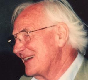 William Dewi Rees (1930.2018), fue un médico que realizó varios estudios sobre la muerte y el duelo, y fue pionero del movimiento de hospicio, particularmente sus observaciones del estudio de experiencias perceptuales no convencionales en los dolientes.
