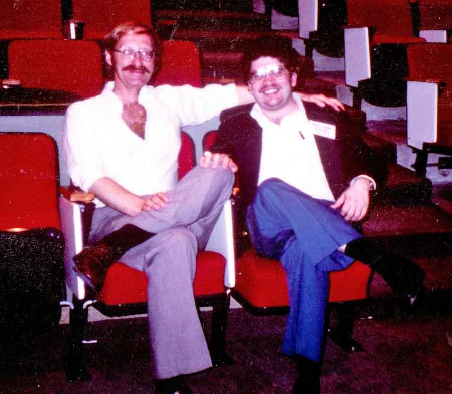 Una de las conferencias de PA a las que asistimos juntos. Probablemente fue en la Universidad de Tufts, en Boston, circa 1985.